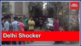 Forensic Team Probes Death Of 11 Members Of A Family In Burari, Delhi