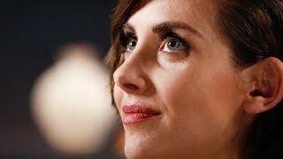 Alison Brie Explains How Working With Women on 'Glow' Changed Her Body Image