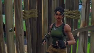 Drake & Josh Treehouse Scene but its acted out by female default skins