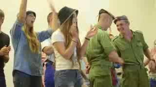Israeli army immigrant show Israeli soldiers dancing IDF girls women dance female soldiers Israel