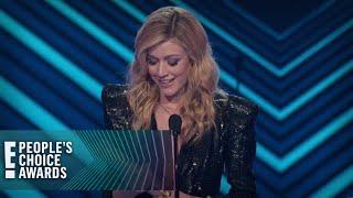 Katherine McNamara Wins Female TV Star | E! People's Choice Awards
