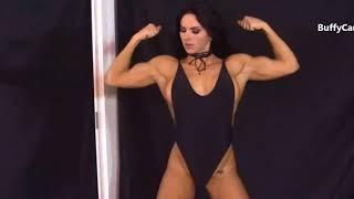 Female Muscle flexing show