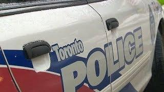 Female officers plan to sue Toronto police service