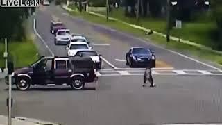Unconscious woman falling out of a moving SUV & dragged back inside - Live Leak