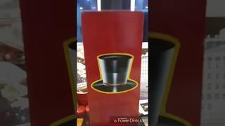 Famous female magician MAHUA show a mental magic \ auto releasing nut