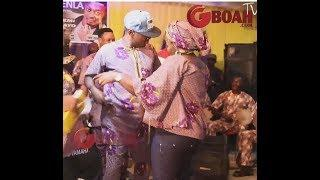 Taye Currency Vs Female Fans In Dance Competition At Popular Actress,kemi's Movie Premiere,Elegbenla