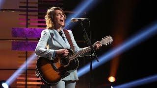 Brandi Carlile Performs an Acoustic Version of 'The Joke'