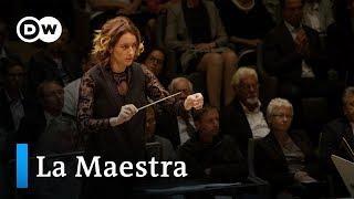 Alondra de la Parra – young, female conductor | DW Documentary