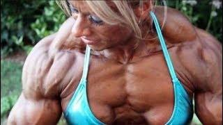 Female show she's body on the gym - NATURAL BODY WORKOUT
