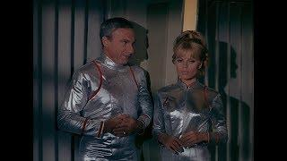 Lost in Space The Original Series 1968 Three Women in Silver Spacesuits new in HD