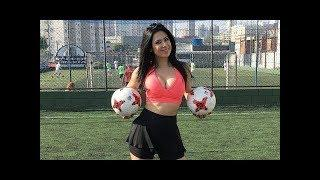 Female Freestyle Football Skills - Freestyle Show by Amazing Girls ???? FootBall ????